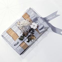 ŞENNUR - Gümüş Camlı Kutuda Çikolata 3028