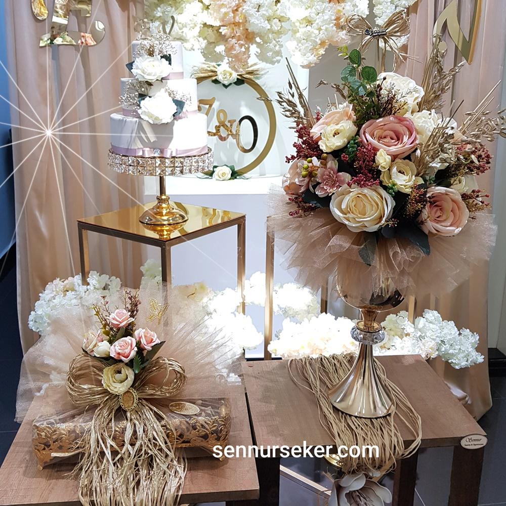 ŞENNUR - Gold Çiçek & Çikolata Seti 3012