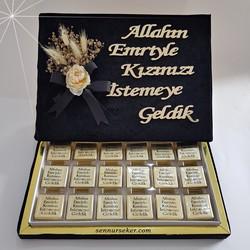 ŞENNUR - Kadife Kutuda Ayna Yazılı İsteme Çikolatası